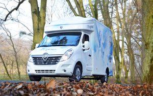 Camion Paragan Pegasus blanc