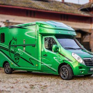 Camion VL 2 chevaux Version Stalle Pegasus 3