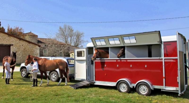 Van Fautras Oblic 4 chevaux arrière