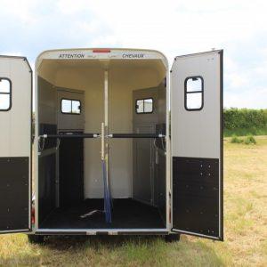 Van Cheval Liberté touring country noir option portes arrières