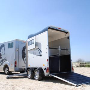 van cheval liberté Gold Tourivan Cheval liberté 2 places neuf Touring  Country noir