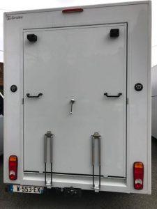 camion transport chevaux gruau pont arrière ouvert