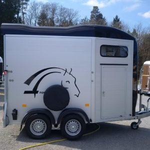 cheval liberté touring jumping van deux places transport chevaux vue côté droit