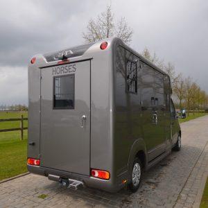 camion 2 chevaux STX 5 places cabine